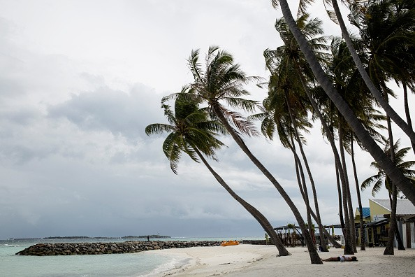 Save the Maldives: New Regime Turns to Tourism, Artificial Islands to Combat Rising Waters