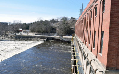 Alliant Energy testing soil, support beneath Prairie du Sac Dam spillway