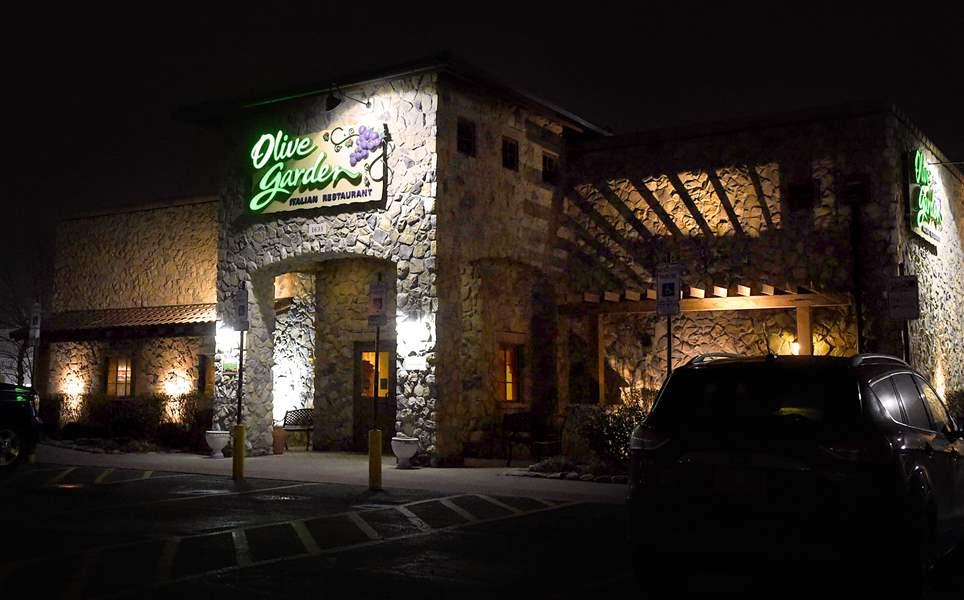 Elyria Olive Garden property sold for $1.8 million
