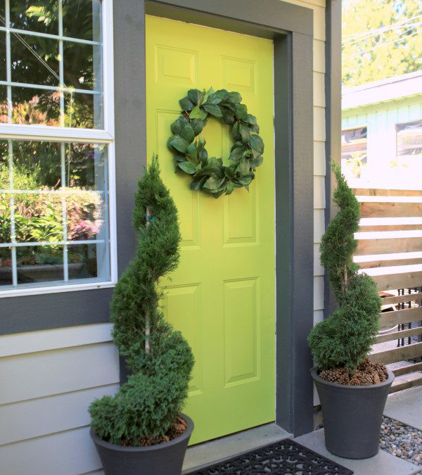 Care and Pruning for Decorative Topiaries